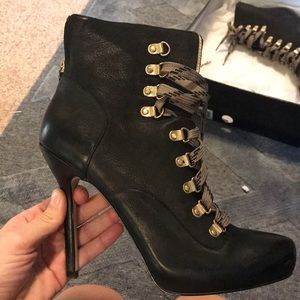 Boutique 9 lace up heeled leather boots
